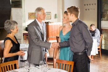 1130_dating_men_meeting_parents_sm