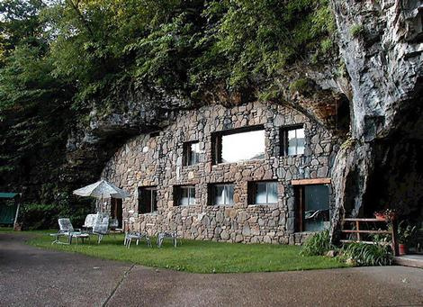 Beckham Creek Cave Haven
