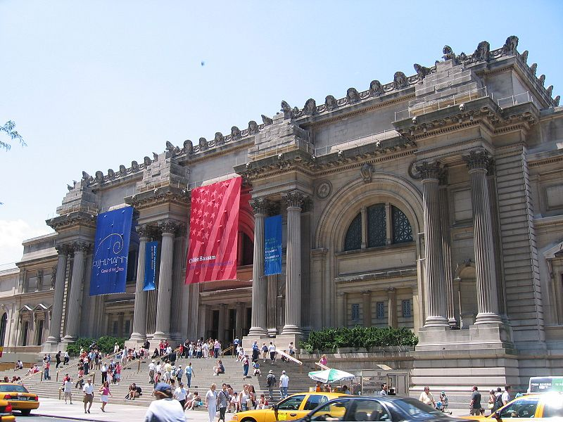 Metropolitan_Museum_of_Art_at_New_York_3