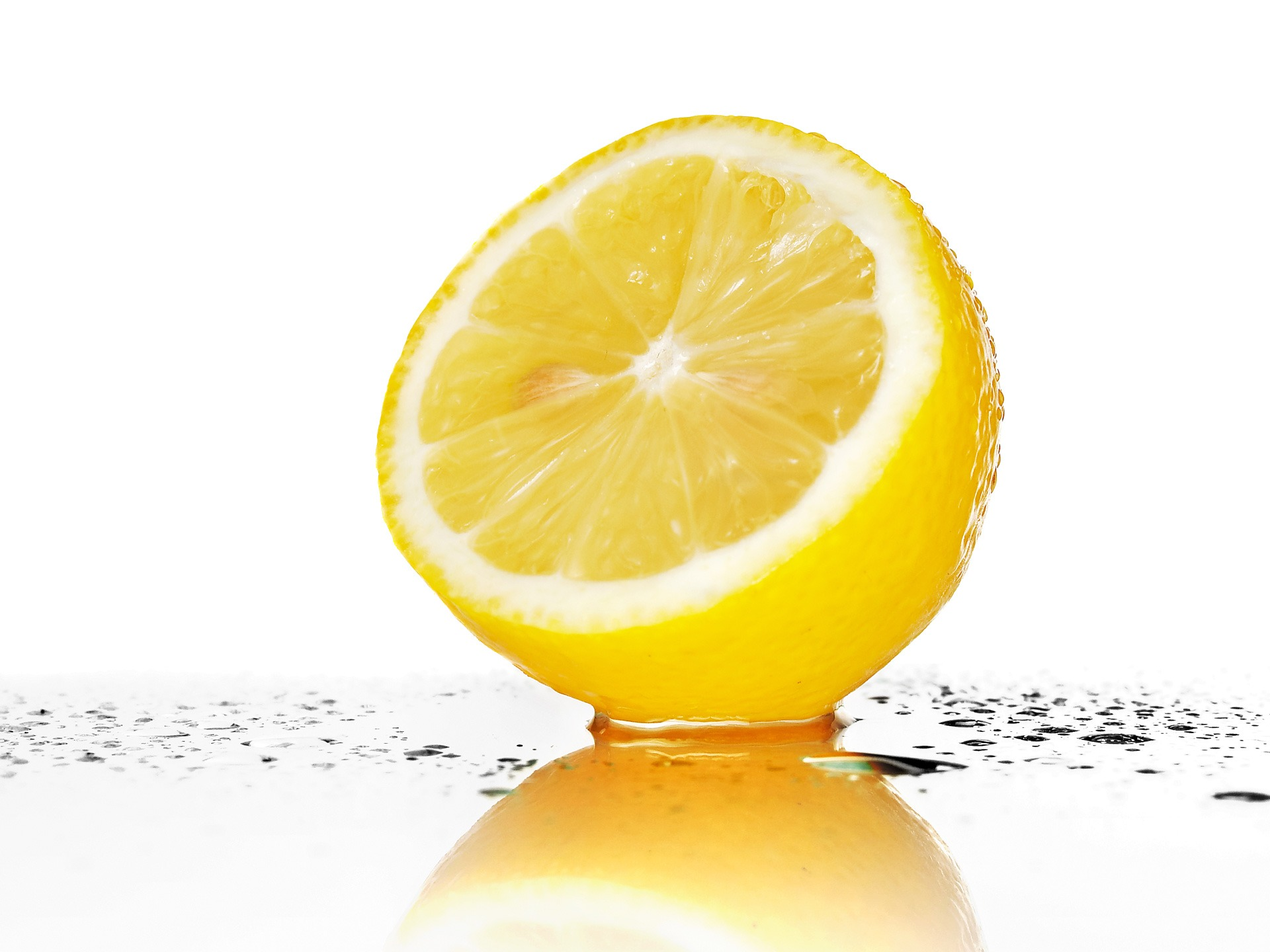 fresh_yellow_lemon