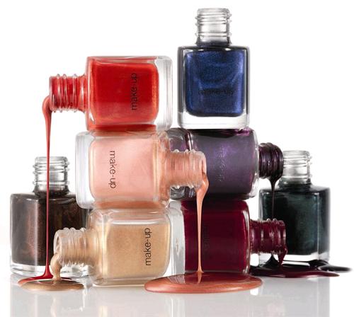 Choosing nail polish