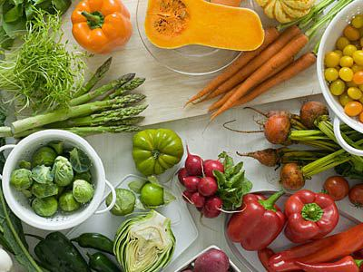 colorful-vegetable-table-400x300