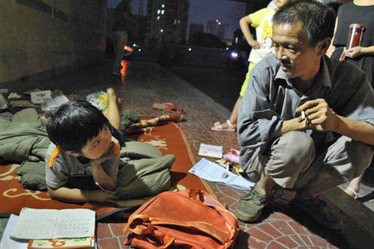 xiong_jianguo_yanyan_adopted_daughter_bin_homeless_man_china-384088
