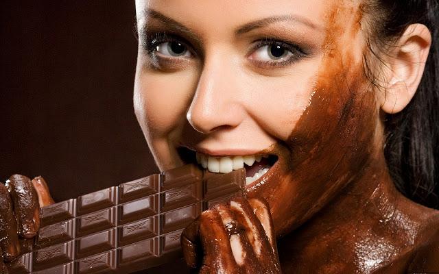 eatingchocolate